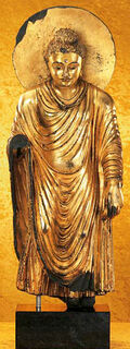 "Statue ""Goldener Gandhara-Buddha"", Steinguss metallvergoldet"